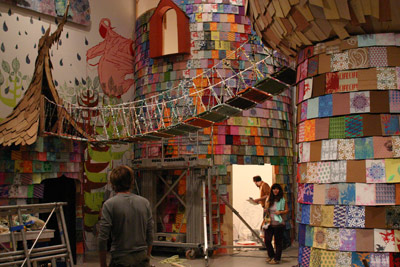 Frank Prattle with Zefrey Throwell, featuring Jenelle Porter with Space 1026 installing